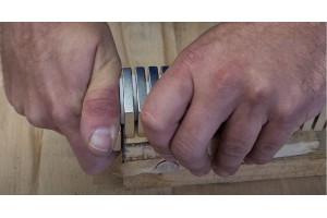 Jak od sebe oddělit silné neodymové magnety?